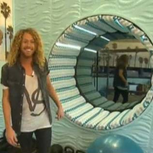 wallart Waves in Big Brother Australia
